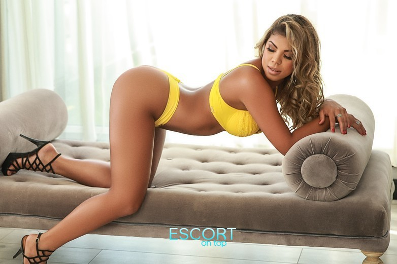busty brunette escort in chelsea london